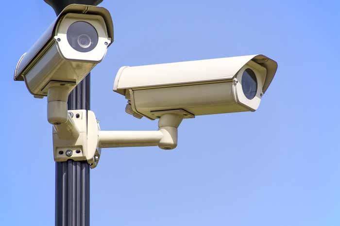 telecamere che riprendono sulla strada