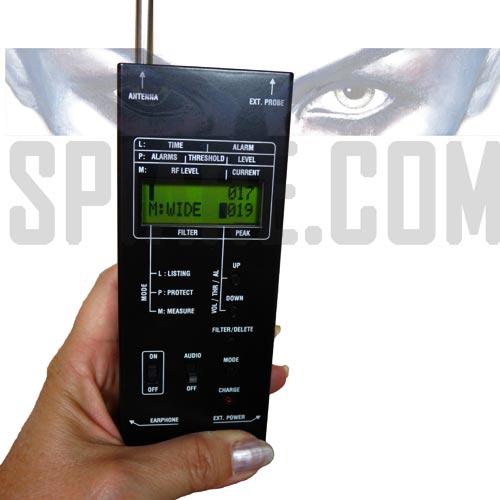 Rilevatore di Microspie Cimici trasmittenti in radiofrequenza da 0,5 MHz a 25 GHz
