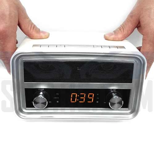 Telecamera Spia Wifi occultata in Radio per casa e ufficio