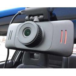 In Italia installare sulla propria auto una telecamera non viola la privacy