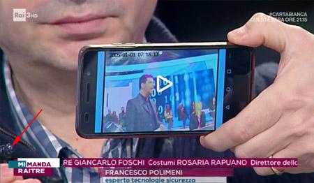 Salvo Sottile nella trasmissione Mi manda RAITRE ripreso da Polimeni con la spy camera wifi a bottone