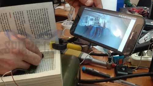 occultamento telecamera spia wifi in un libro